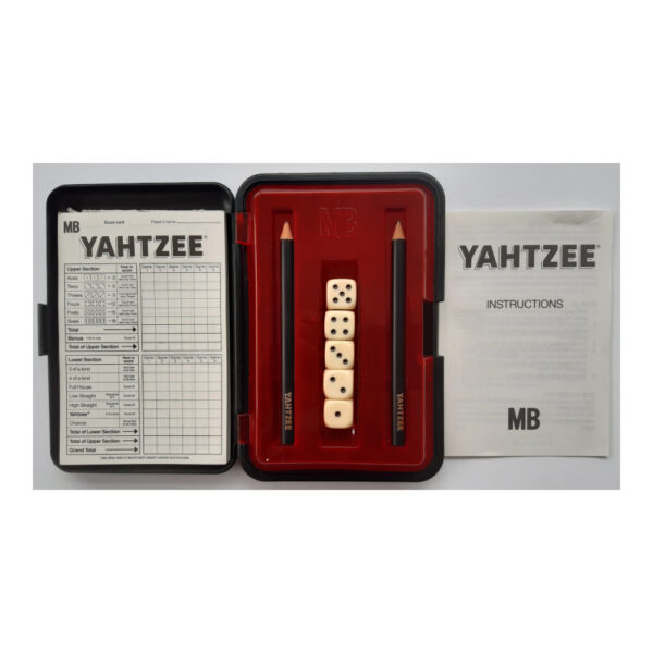 MB Games Original Yahtzee Deluxe Portable 1982 Contents