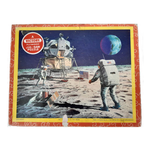 Victory The First Men On The Moon Vintage Wooden Jigsaw Topical Series TP3 Box